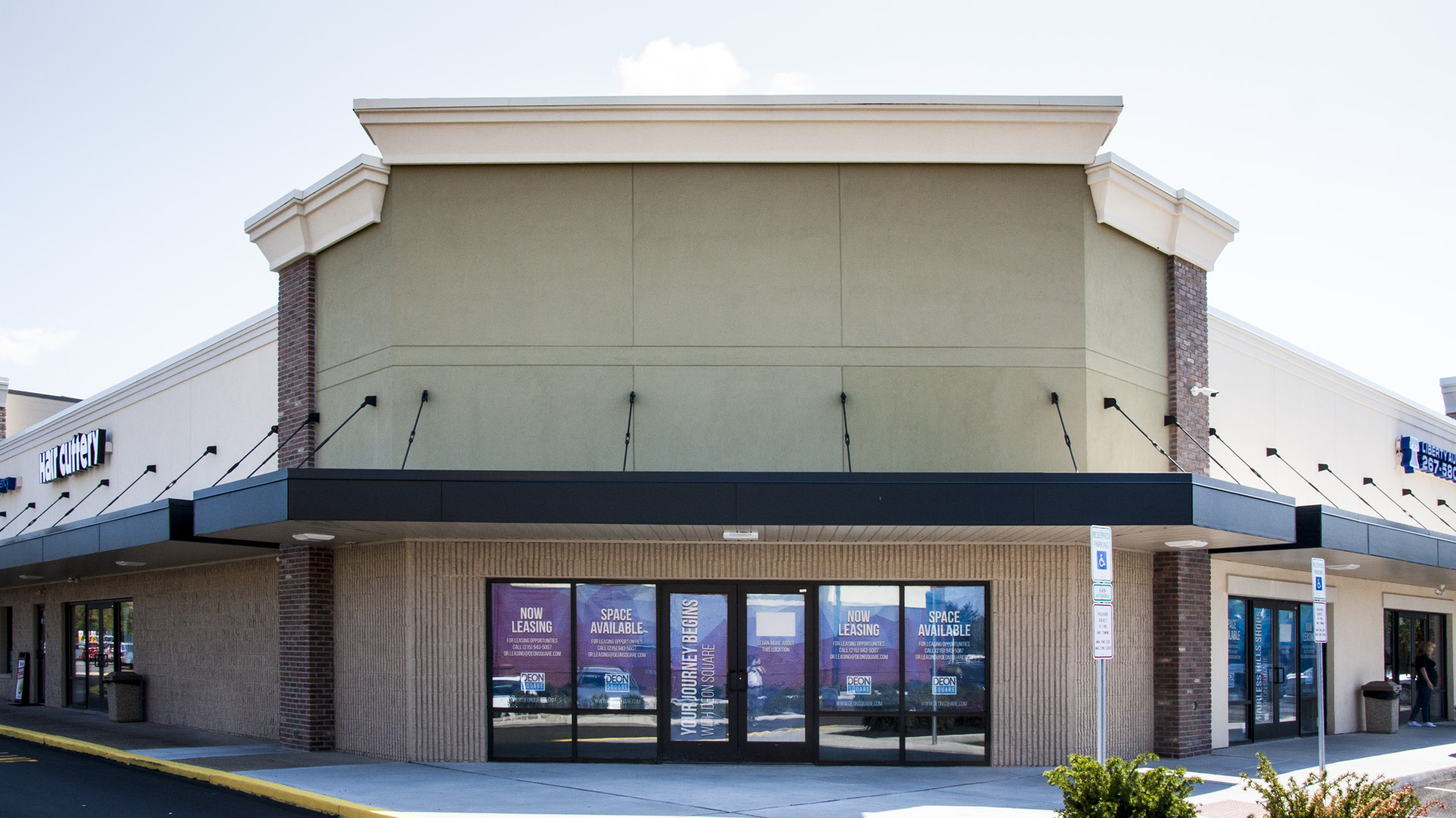 514 S. Oxford Valley Road in Fairless Hills for lease at Deon Square Shopping Center